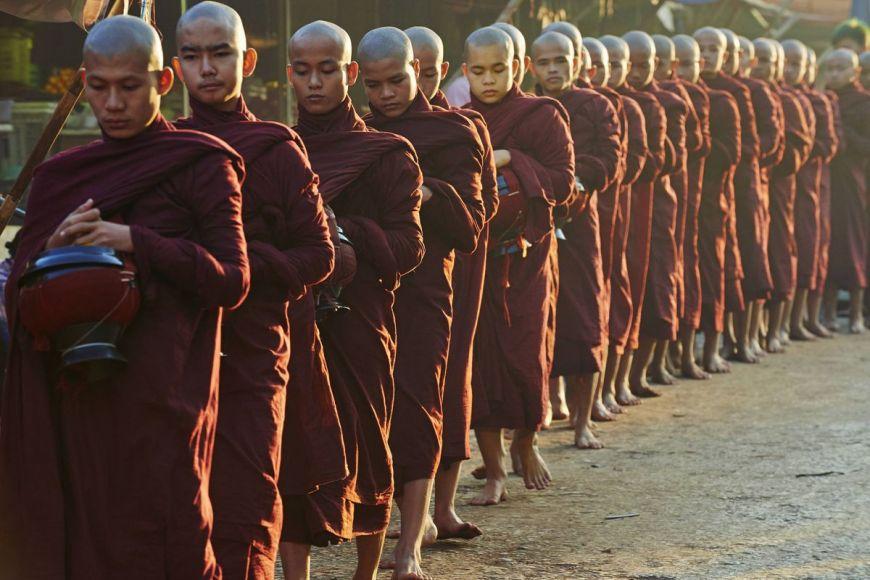Moines bouddhistes, Province de Mon, Myanmar