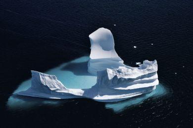 Iceberg érodé au Groenland